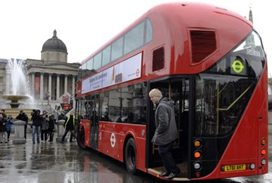 London Routemaster Bus - Ivy Lettings