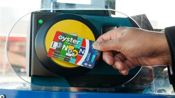 Oyster On Bus - Ivy Lettings. Credit: Visitlondoncom